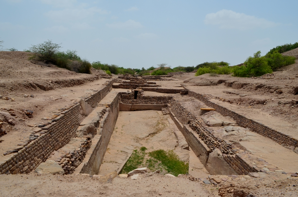 DHOLAVIRA, THE HARAPPAN CITY