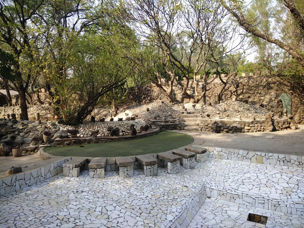 Rock Garden- The recycled world of Imagination and Novelty - Abhijna ...